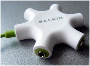 Belkin Rockstar Switch audio a 5 vie per ipod mp3