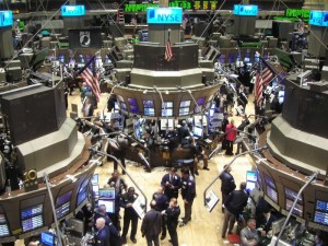 Borsa: mercati europei in rialzo, torna a perdere Tokyo