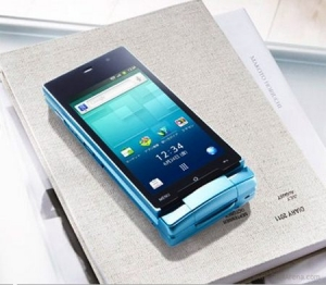Sharp AQUOS SH-007, nuovo smartphone 3D