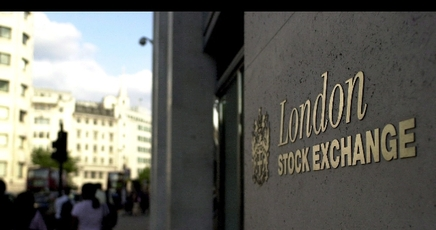 Piazza Affari: FTSE MIB resiste, Londra -0.5%