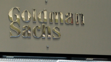 Goldman Sachs promuove Intesa: Unicredti aumento a gennaio