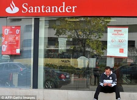 Santander: utile netto in ribasso del 35%