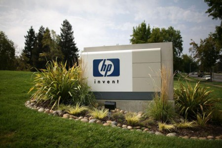 Hewlett-Packard licenzia 27mila dipendenti