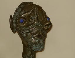 La misteriosa statua di bronzo