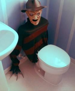 Freddy Krueger diventa un copriwater