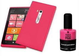 Nokia Lumia 900 versione Pink 2