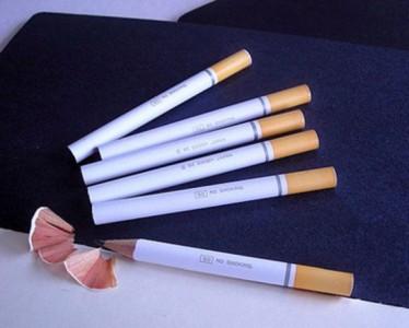 Matite a forma di sigaretta