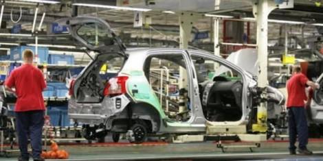 Toyota previsioni utili 2013