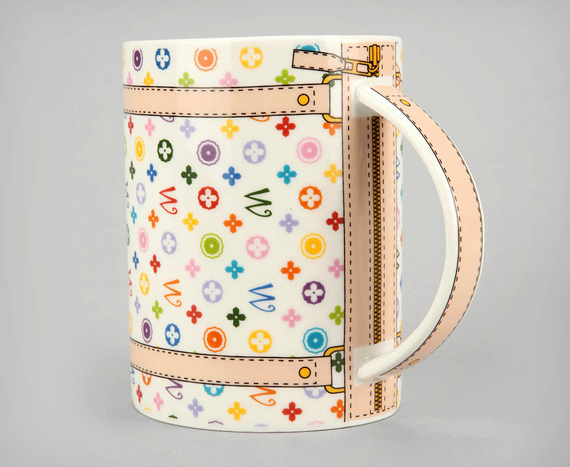 Monogram Bag Mug, la tazza che imita la Louis Vuitton