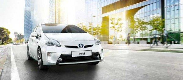 Toyota richiama 1,9 milioni di Prius