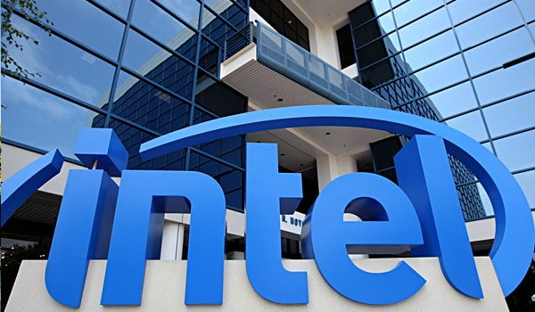 Intel, trimestrale batte le attese