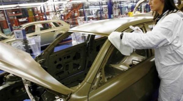 Industria: crollo degli ordini a novembre