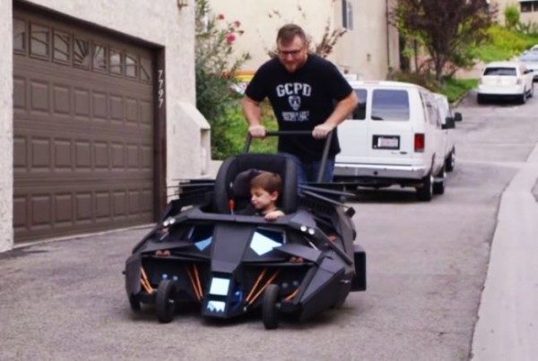 Passeggino design Batmobile