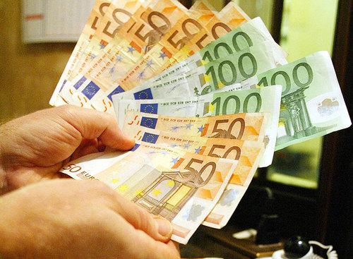 Inflazione Eurozona cresce a maggio