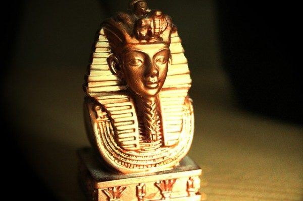 Maledizione di Tutankhamon.