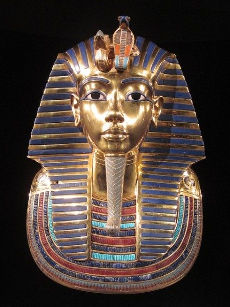 Tutankhamon: la mummia e la misteriosa morte