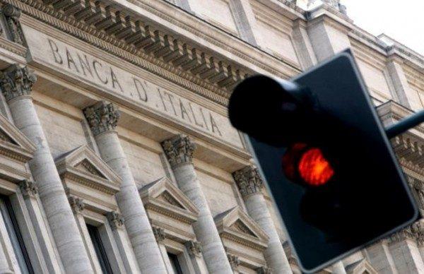 Debito pubblico sfonda muro 2.200 miliardi