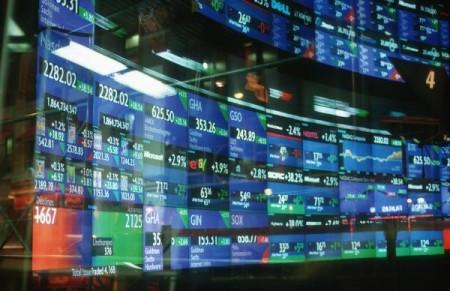 Borse giù, continua la tempesta sui mercati