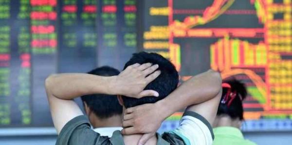 Borse: Shanghai nuovo crollo, l'Europa tenta il rimbalzo
