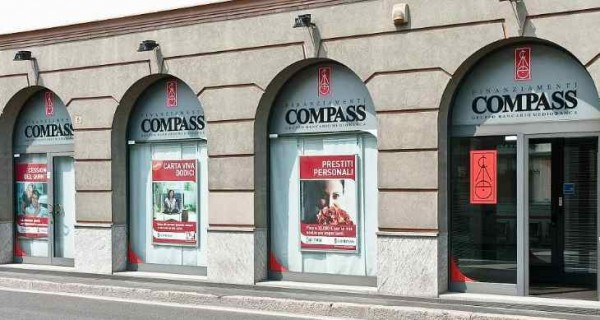 Stage in Compass laureati Economia
