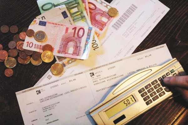 Italiani 8mila euro in tasse nel 2015