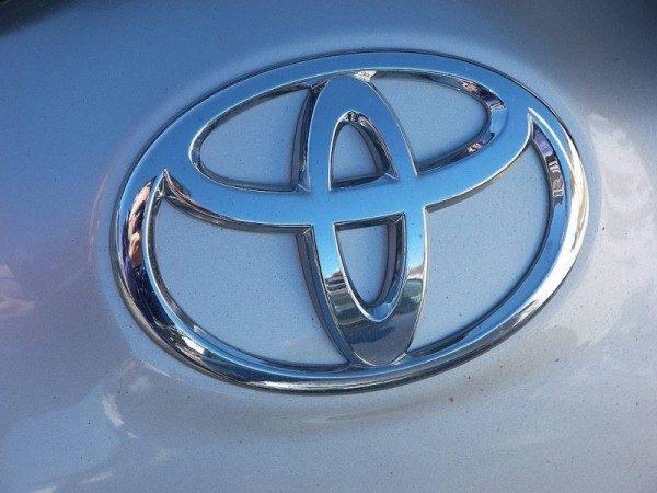 Problemi Toyota possibile rischio incendio