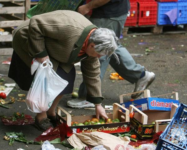 Rischio povertà per 10 milioni di italiani