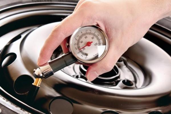 4 controlli pneumatici auto da fare