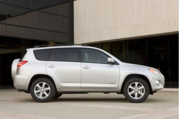 Problemi Toyota Rav4 per 85mila modelli in Italia