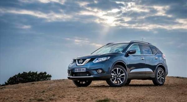 Problemi Nissan X Trail airbag difettosi