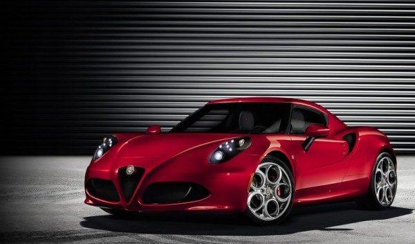 Alfa Romeo 4C foto e recensione