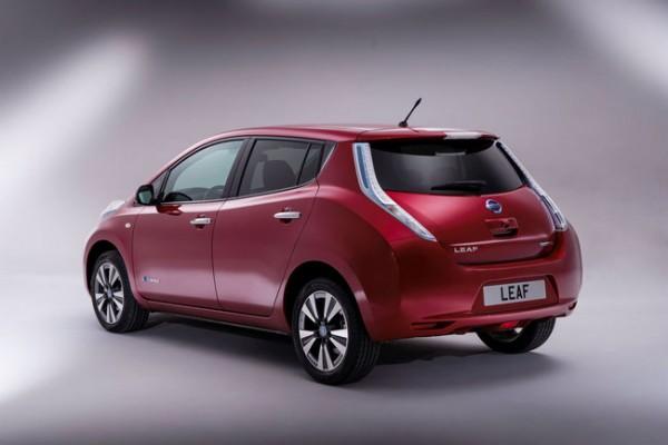 Nissan Leaf Enel edition foto e prezzi ufficiali