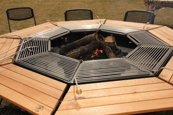 Tavolo ottagonale con barbecue centrale Jag Grill