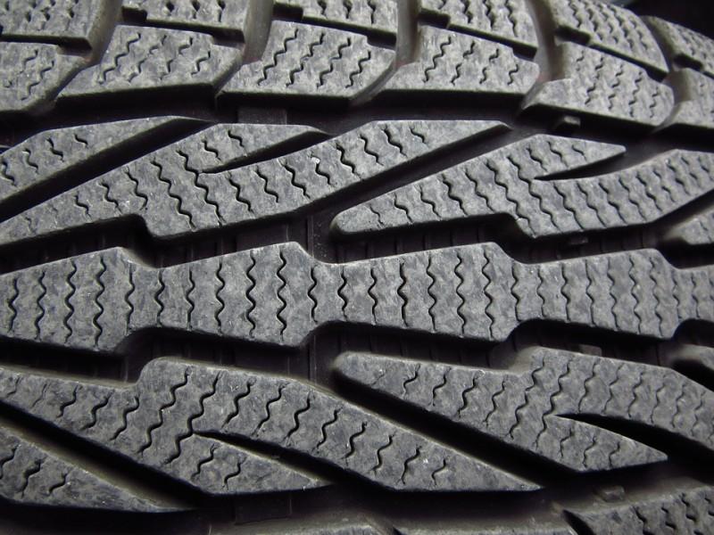 Renault Espace V: rischio scoppio pneumatici