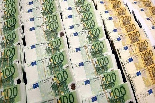 Fmi taglia stime crescita Pil Italia