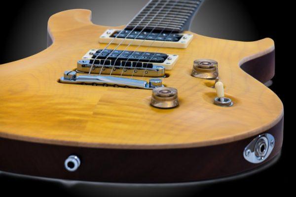Hendrix e la fisica: pickup della chitarra