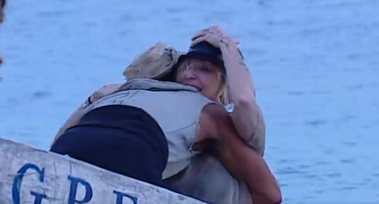 raz-barale-isola-abbraccio